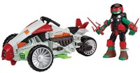 Teenage Mutant Ninja Turtles Mutating Tri-Flyer With Raphael Vehicle (Multicolor)