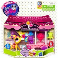 Hasbro Littlest Pet Shop Sweetest Giraffe Candylicious Carnival Fair Playset With Lps App Hasbro Toy (Multicolor)