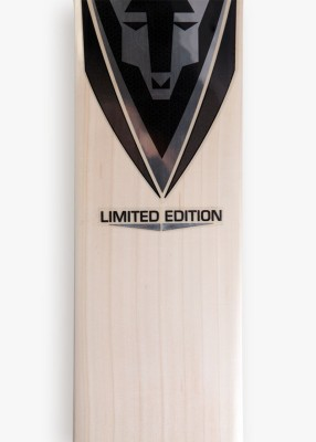 Wolfer Limited Edition Player Willow English Willow Cricket  Bat (Short Handle, 1100-1400 g)