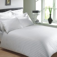 The Cotton Company Cotton Striped King Bedsheet 1 Bedsheet, 2 Pillow Covers, Aspen White