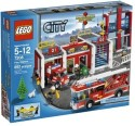 Lego City Fire Station 7208 - Red, White