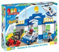 Jun Da Long Toys Town Police 68 Piece Block Set With Light And Sound (Multicolor)