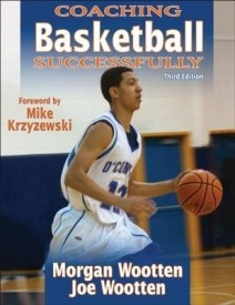 COACHING BASKETBALL SUCCESSFULLY E03 (English) (Paperback)
