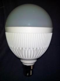 12 W B22 LED Bulb (White, Pack of 4)