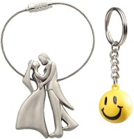 Confident Set Of 2 Standing Couples And Smily Key Chain (Multicolor)
