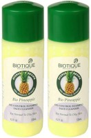 Biotique Pineapple Oil Control Foaming Face Cleanser (Pack Of 2) (120 Ml)