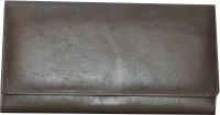 Freddys Women Casual Brown Leather  Clutch - CLTE7UZE2PR34R6K