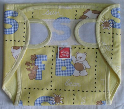 Love Baby Dry Quick Cloth with Plastic Diaper Yellow - Medium (1 Pieces)