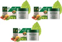 Biotique Bio Fruit Whitening & Depigmentation Face Pack Pack Of 3 (75 G)