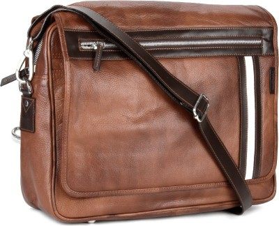 Tortoise 18 inch Laptop Messenger Bag