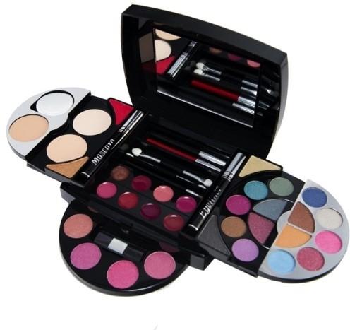 Makeup Kits Price In India Buy Makeup Kits Online At Best Price In