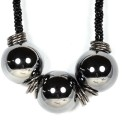 Sarah Sarah Black Color Designer Chain Necklace Metal Necklace
