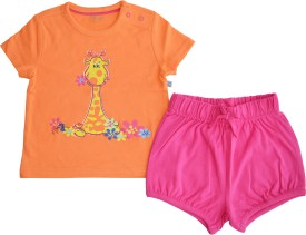 Babeez Baby Girl's Solid Top & Shorts Set