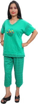 Indiatrendzs Night Suit Women's Printed Top & Capri Set