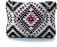 Diwaah Black Printed Beautiful Silling Bag. Pouch Multicolor