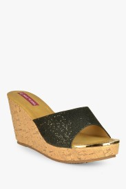Sole to Soul Women Wedges