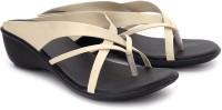 Femme Wedges: Sandal