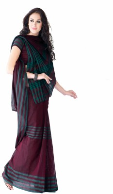 Ishin Striped Cotton Sari available at Flipkart for Rs.799
