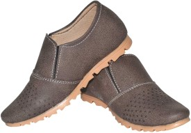 Human Steps Dotted Design Loafers