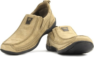 Woodland Loafers available at Flipkart for Rs.2768