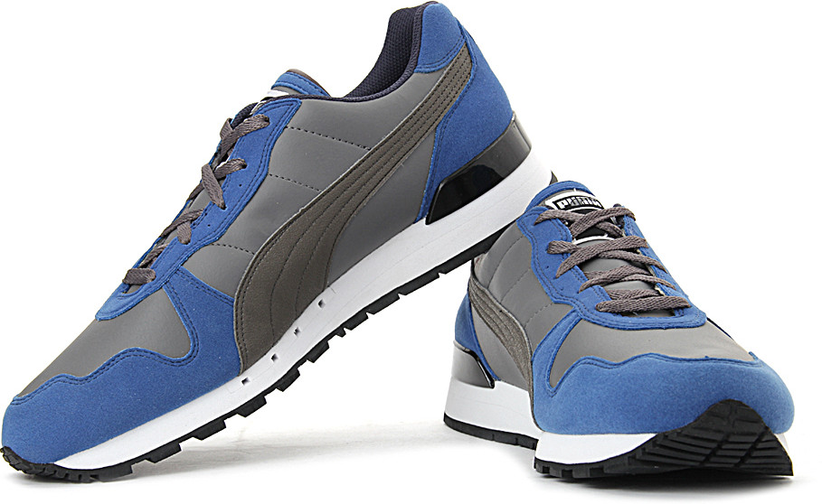 Flipkart - Sports Footwear for Men and Women Flat 55% off