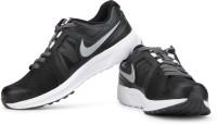 Nike Revolve Running Shoes