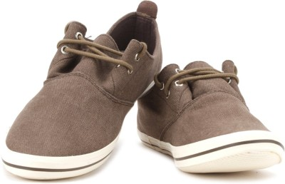 Flippd Canvas Sneakers
