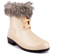 Willy Winkies Beige Boots