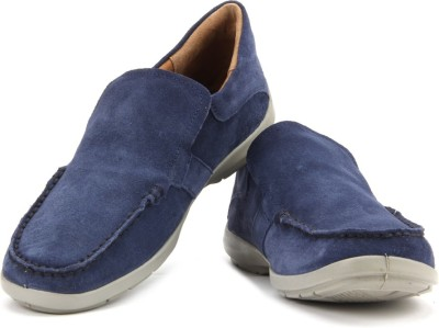Woodland Loafers available at Flipkart for Rs.2030