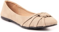 Lyc Ghost White Ballerinas Closed Toe Belly