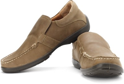 Woodland Loafers available at Flipkart for Rs.2695