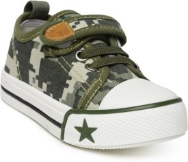 Yellow Kite Casual Shoes