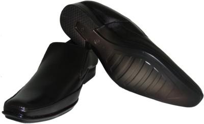 Senso Vegetarian Black Pointed Formals Slip On Shoes