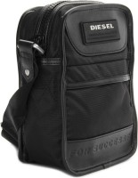 Diesel Men, Women Black Sling Bag - SLBE57GYHNSGVEJH