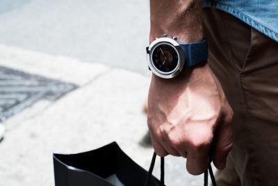 COGITO Fit Smartwatch (Blue Strap)