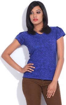 Style Quotient By Noi Printed Women's V-neck T-Shirt