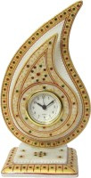 ECraftIndia Gold Colored Trophy Analog Clock - Multicolor