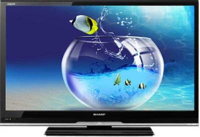 SHARP (32) HD Ready LCD TV at flipkart