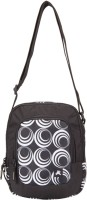 PinStar Black And White Concentric Circles Gadget Travel Pouch (Black - 02)
