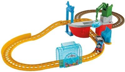 Fisher-Price Thomas & Friends Railroad Shark Adventure (Multicolor)